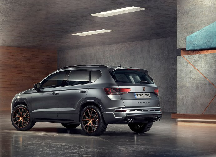 d couvrez la nouvelle cupra ateca unique et sport nouveaut s seat. Black Bedroom Furniture Sets. Home Design Ideas